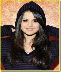 selena-gomez-stripes-sweet-02